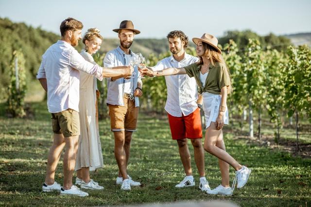 the_wine_connoisseurs_nafplio_town_greek_wine_tour_greek_gastronomy_wine_tasting